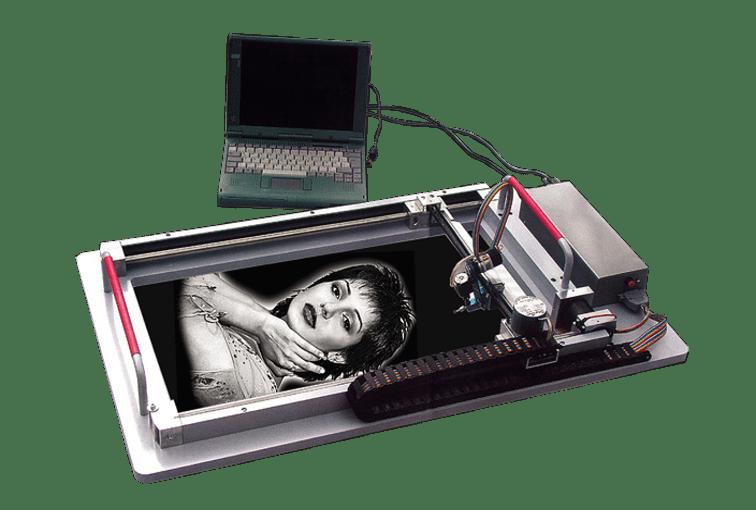 Mobilní gravírovací CNC stroj - gravírovaní do kamene